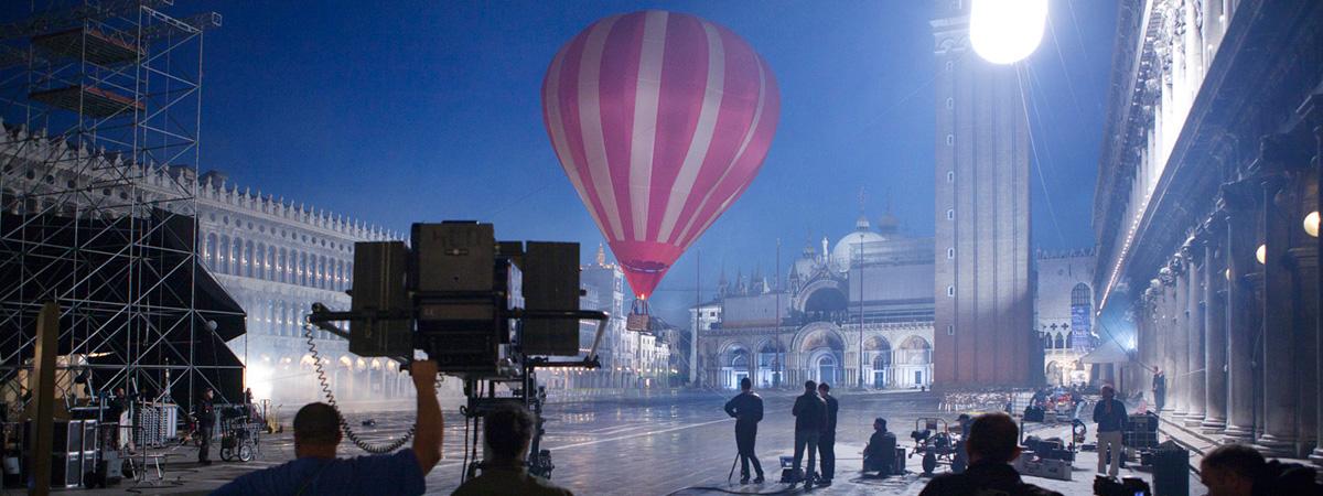 360-Degrees-Film-Louis-Vuitton-Invitation-Au-Voyage-Commercial-5