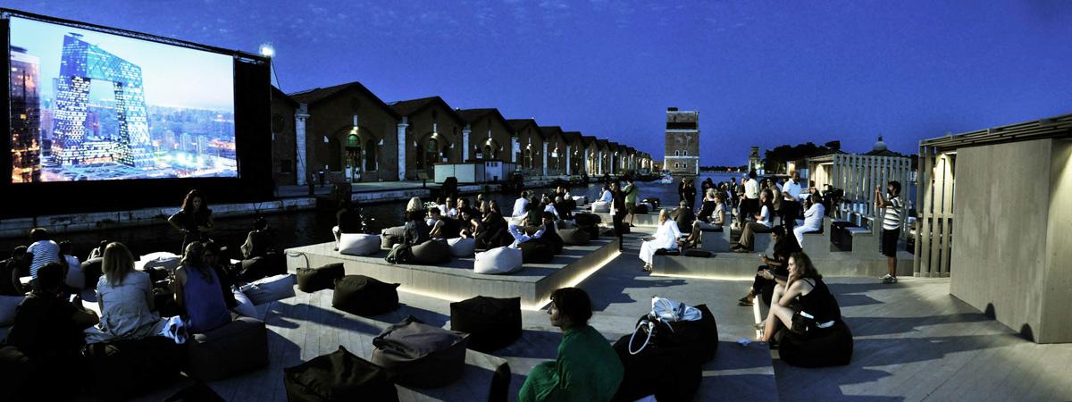 360-Degrees-Film-Ole-Schereen-Archipelago-Cinema-Biennale-Venezia-2012-4
