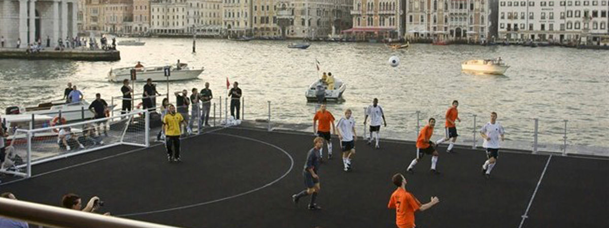 360-Degrees-Film-Sony-Twilight-Football-Venice-4